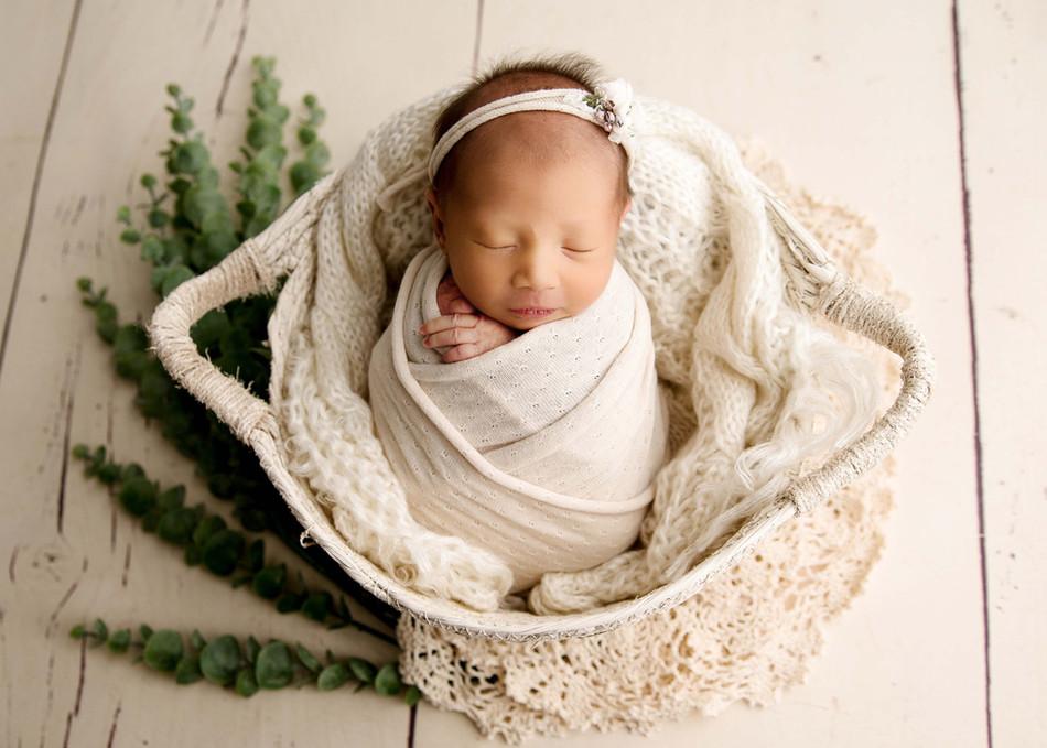 Newborn Photos Oshawa.jpg