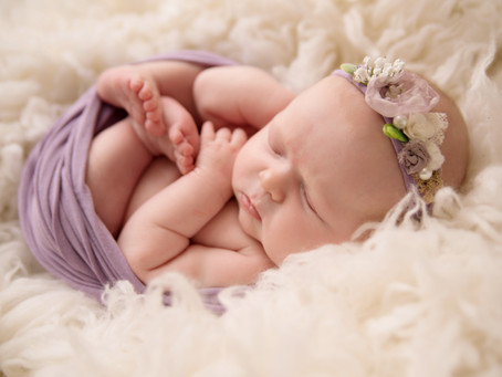 Durham Region Newborn Photographer | Whitby On Studio