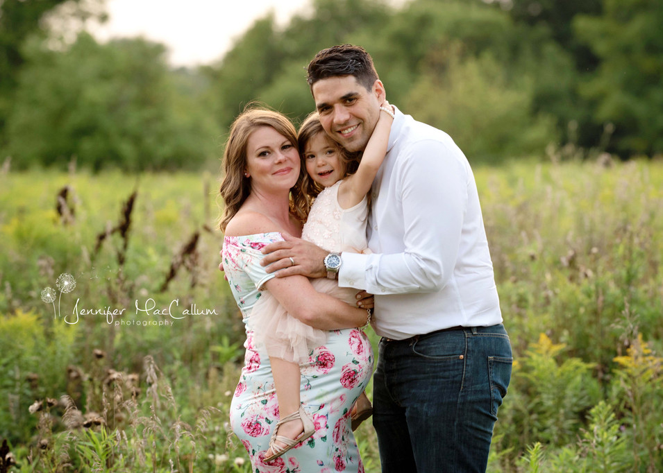 Durham Region Maternity Photographer Jennifer MacCallum