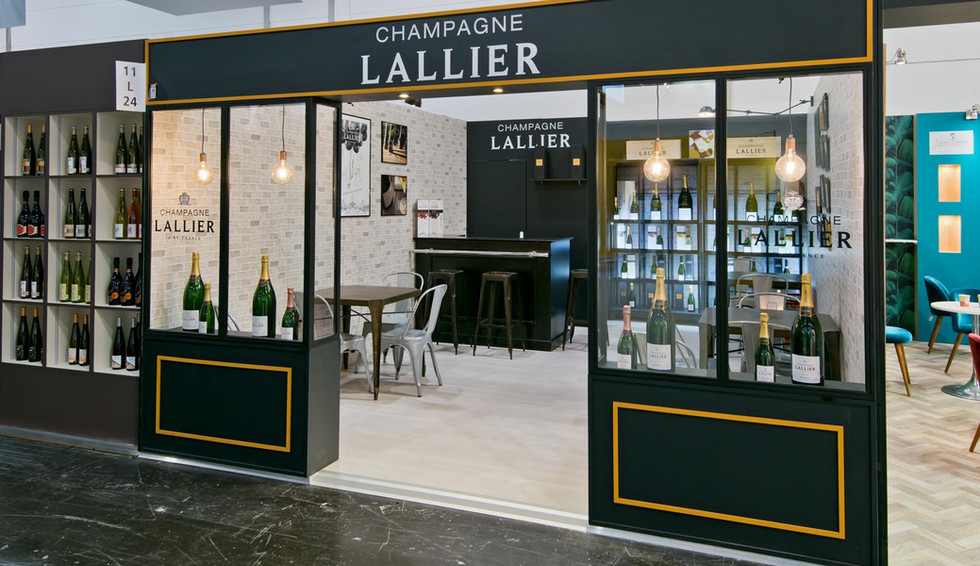 STAND LALLIER