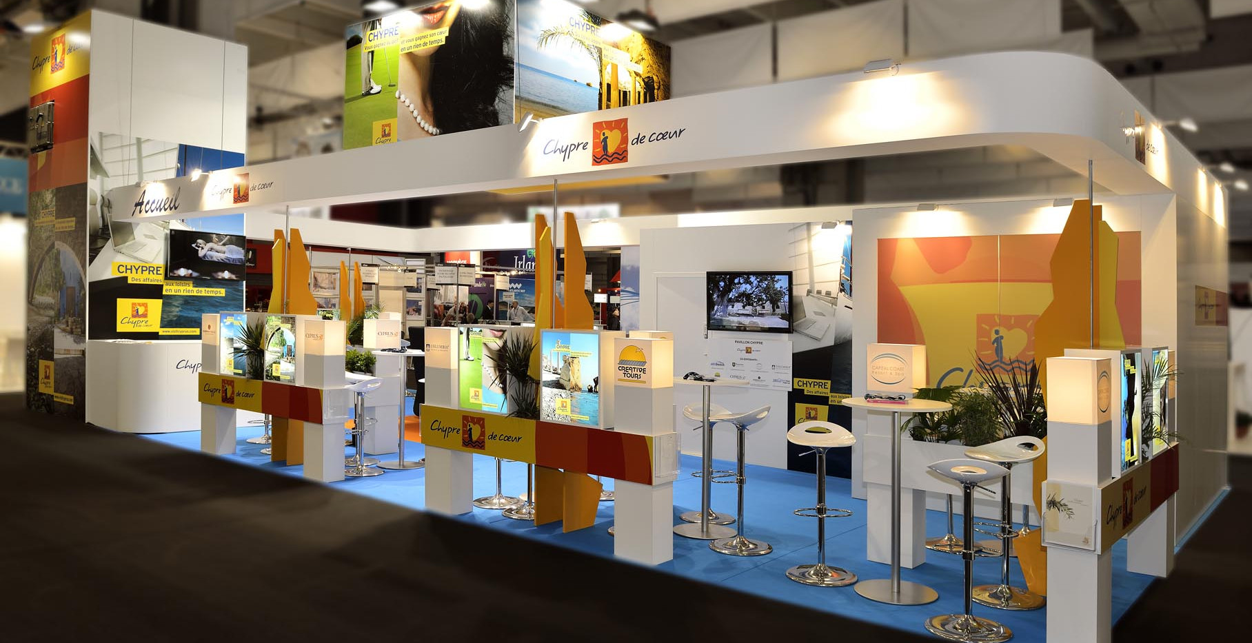 STAND CHYPRE