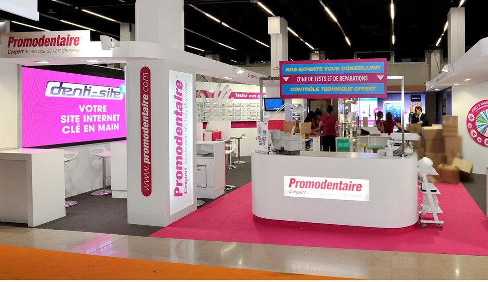 STAND PROMODENTAIRE