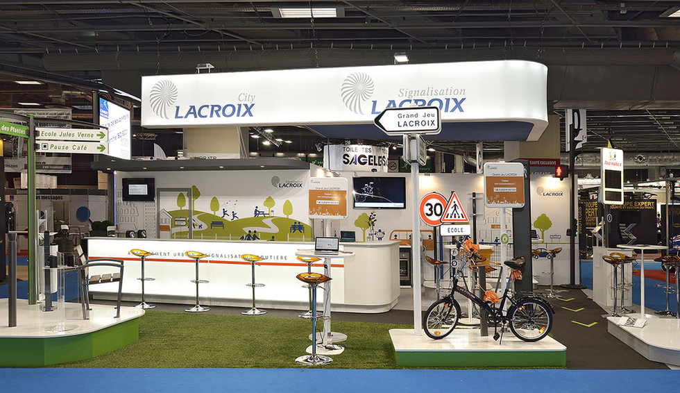 STAND LACROIX