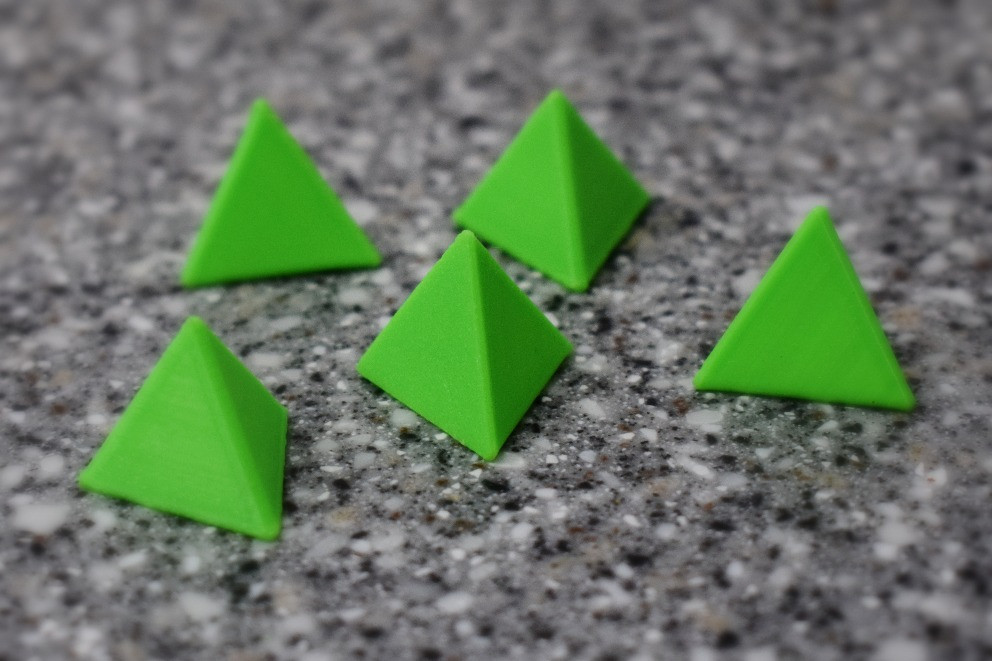 DIY 3D Printed Painter's Pyramids