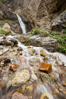 Водопад в ущелье Иссык-Ата