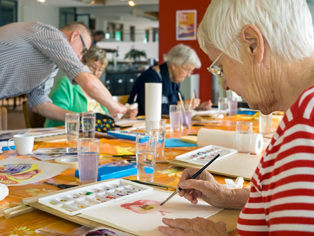 Art Therapy: Creative art activities for dementia