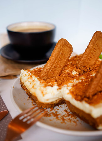 Biscoff Cheesecake Slices