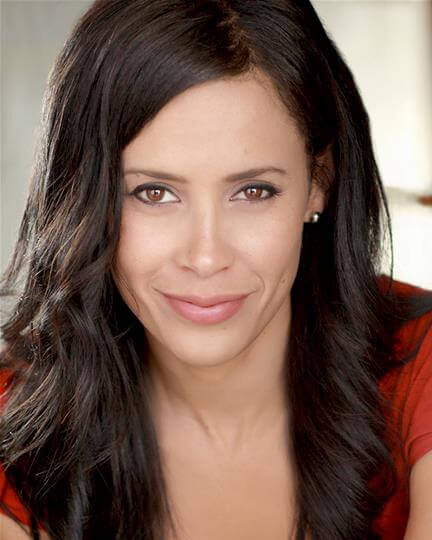 Actress, artist, singer Carmen Perez Rosnes