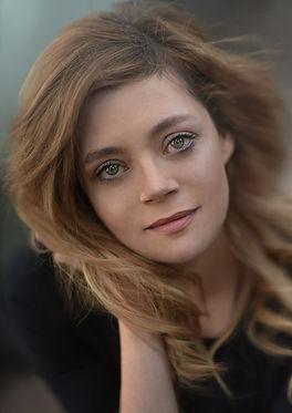 Vivien Taylor Voiceover Headshot