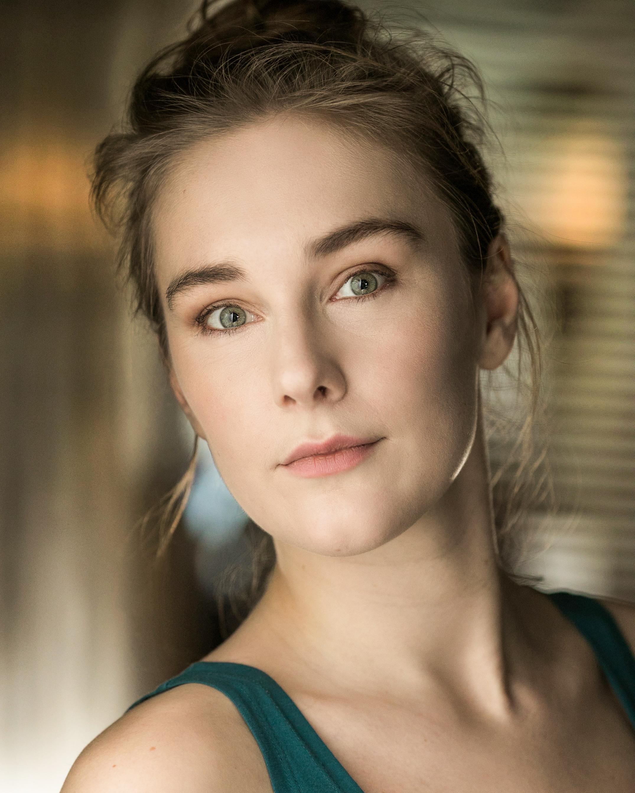 Elena Stephenson