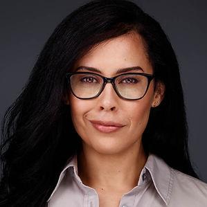 Carmen Gloria Perez Voiceover Headshot