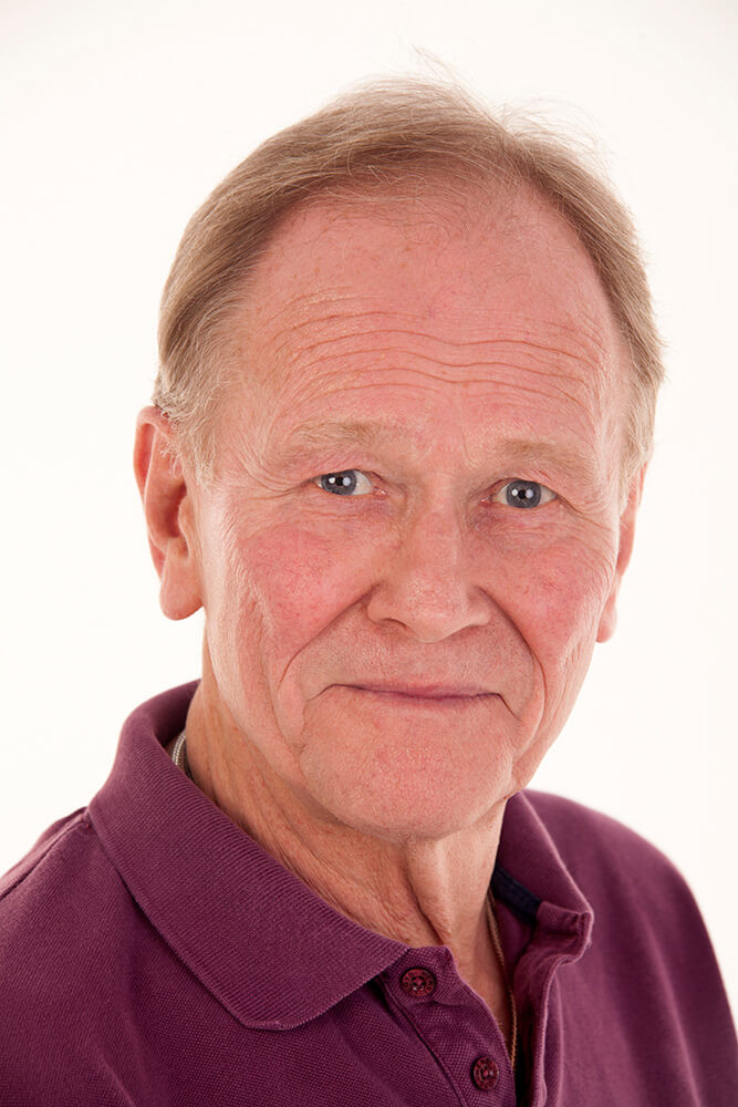 Actor Douglas Fielding headshot