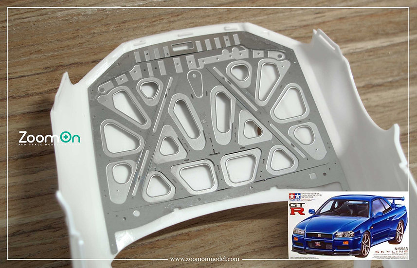ZD135 Nissan GT-R R34 hood structure