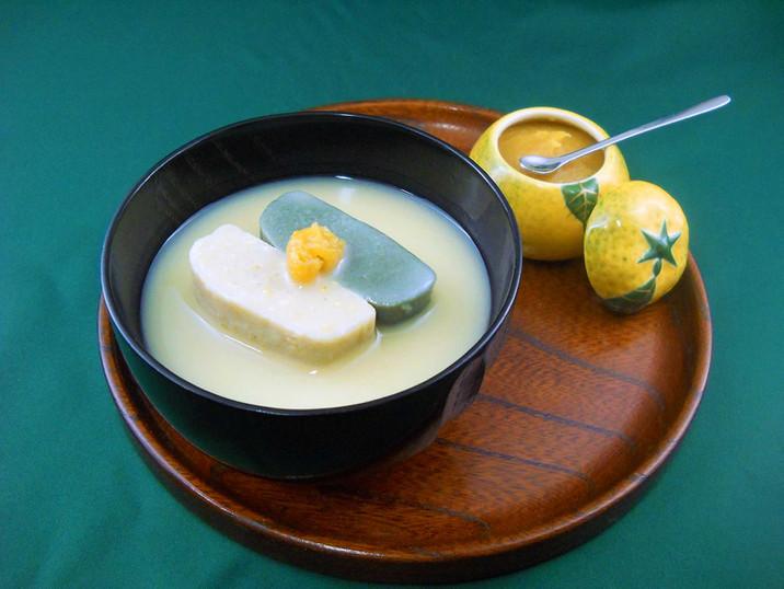 生麩の白味噌汁