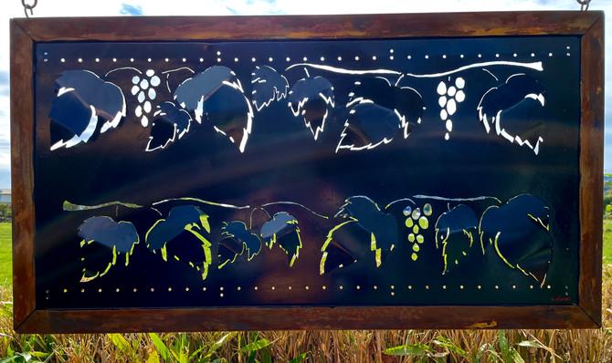 Grapevine panel