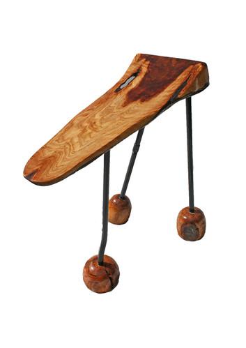 3 legged table