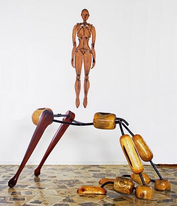 Joga man, Ceramic Woman