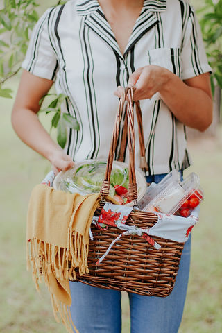 salad_station_picnic-4.jpg