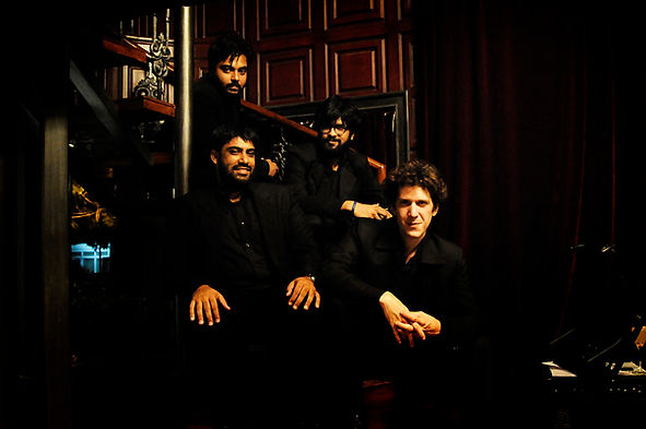 Emmanuel Simon & The Latination @ The Piano Man Jazz Club. Latin-Jazz and Salsa in India