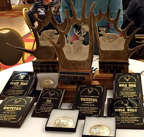 2014-hunting-award3.jpg