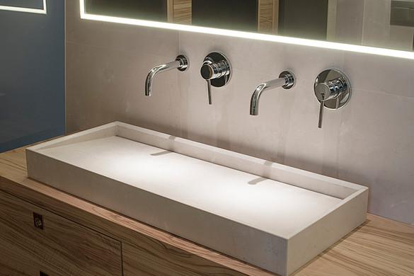 bathroom5-2.jpg