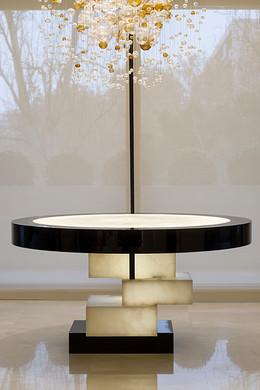 table001-2.jpg