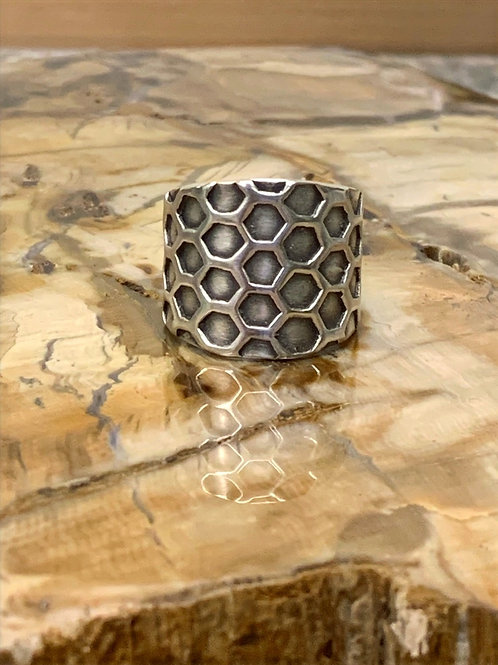 Honeycomb Ring (Size: 7.5)