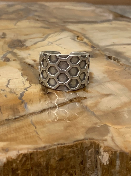 Honeycomb Ring (Size: 8.5)