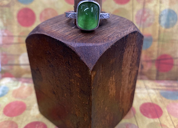 Green Glass Ring (Size: 7 3/4) - GN