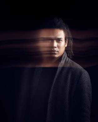 Léon Prince - Vocals, Piano