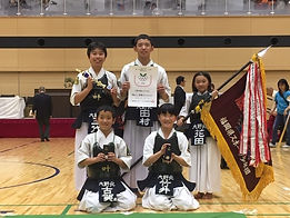 20191103スポ少団体戦小学生優勝.jpg