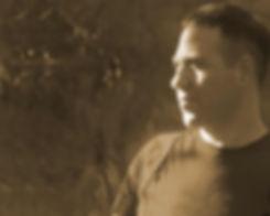 חתן כלה, מתחתנים? עמית חיו, זמר ישראלי עם ניסיון רב בהופעות באירועים ישיר לכם שירים לחופה ו שירי חתונה מרגשים. התקשרו עוד היום www.amithayo.com