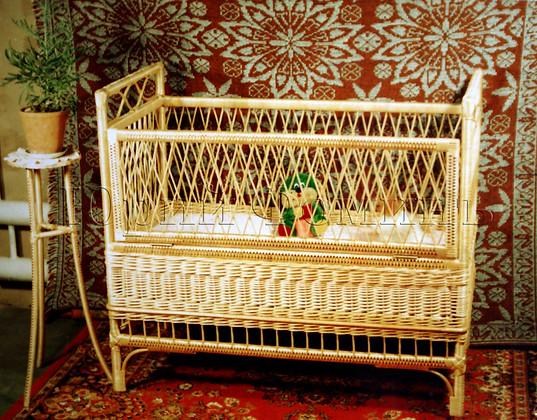 плетеная кроватка