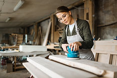female-woodworker-wrapped-up-work_1098-1