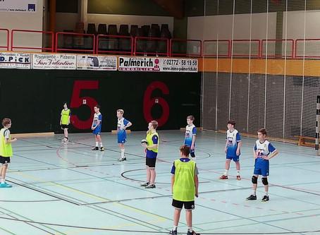 """""""SV E -Jugend fährt Arbeitssieg ein, ersatzgeschwächte D1 verliert in Driedorf"""""""