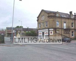 Cleckheaton Road end of First Street