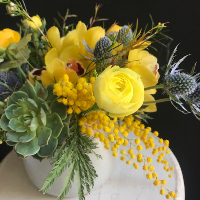 Bright and Cheery Flower Arrangement.jpg