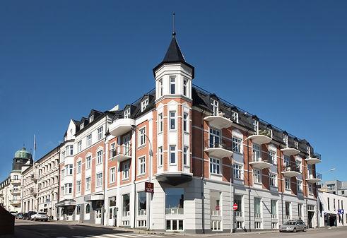 Clarion C. Grand Fasade.jpg