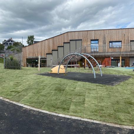 Levering og legging av ferdig gress ved Gjøvik barnehage