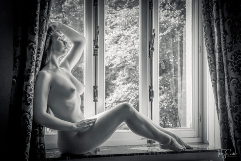 Elle-Gemma-1.jpg