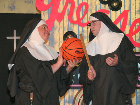 """Nunsense"" Heads to Edison, NJ"