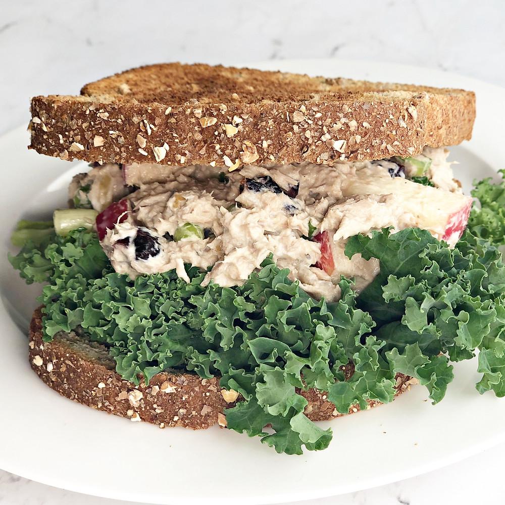 Tuna sandwich for breastfeeding moms