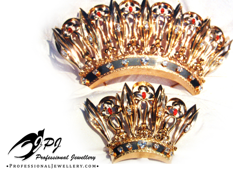 JPJ Professional Jewellery 14K Yellow Gold Crowns with zircons and synthetic rub
