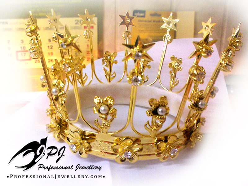 JPJ Professional Jewellery 14K yellow gold plated sterling silver crown with nat