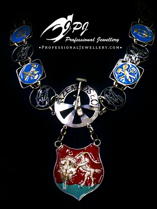 JPJ Professional Jewellery Royal Insignia Chain and Badge.jpg