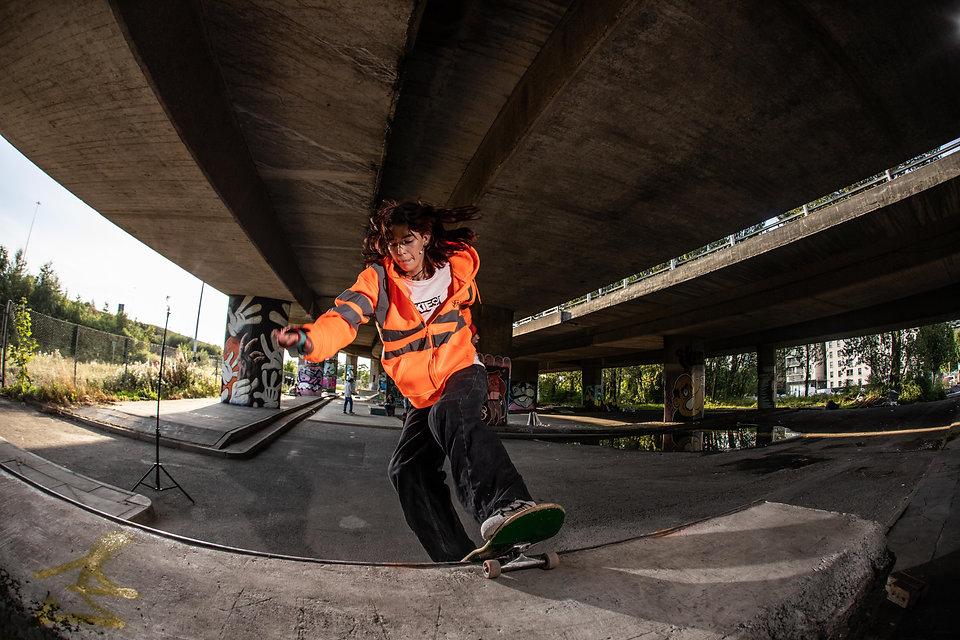 _M9A4996.skate2.jpg