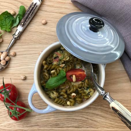 Kichererbsen Pasta mit frischem Spinat