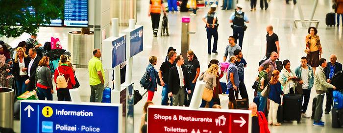 airport-1515431_1920.jpg