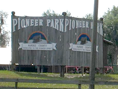 Pioeer Park Sign