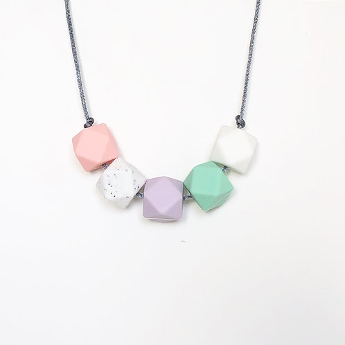 Iris Teething Necklace in Pink and Mint